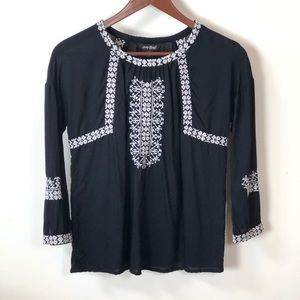 Lucky Brand black and white shirt